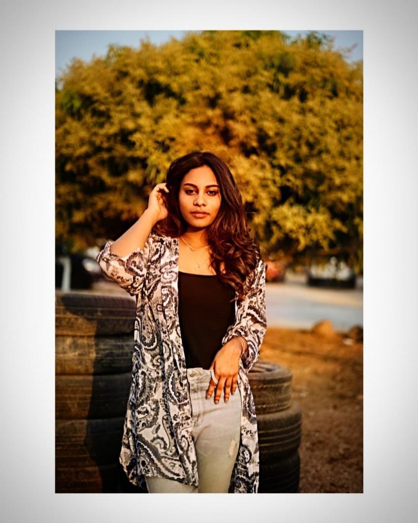 Pavani Bhimeneni: అక్క విష్ణుప్రియను మించి అందాలు ఆరబోస్తున్న చెల్లి.. వామ్మో ఎద అందాలు మామూలుగా లేవుగా!