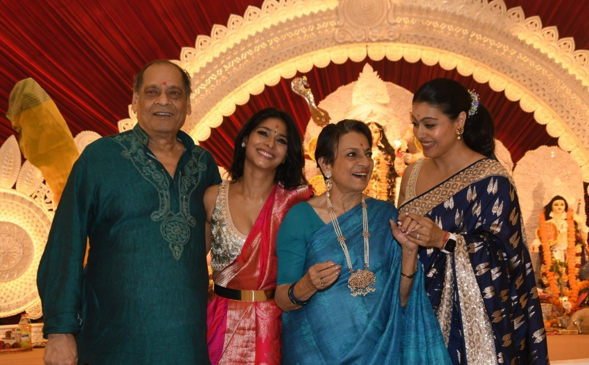 Durga Puja 2021: Kajol, Tanishaa Mukerji & Tanuja Come Together For Ashtami Puja Photos
