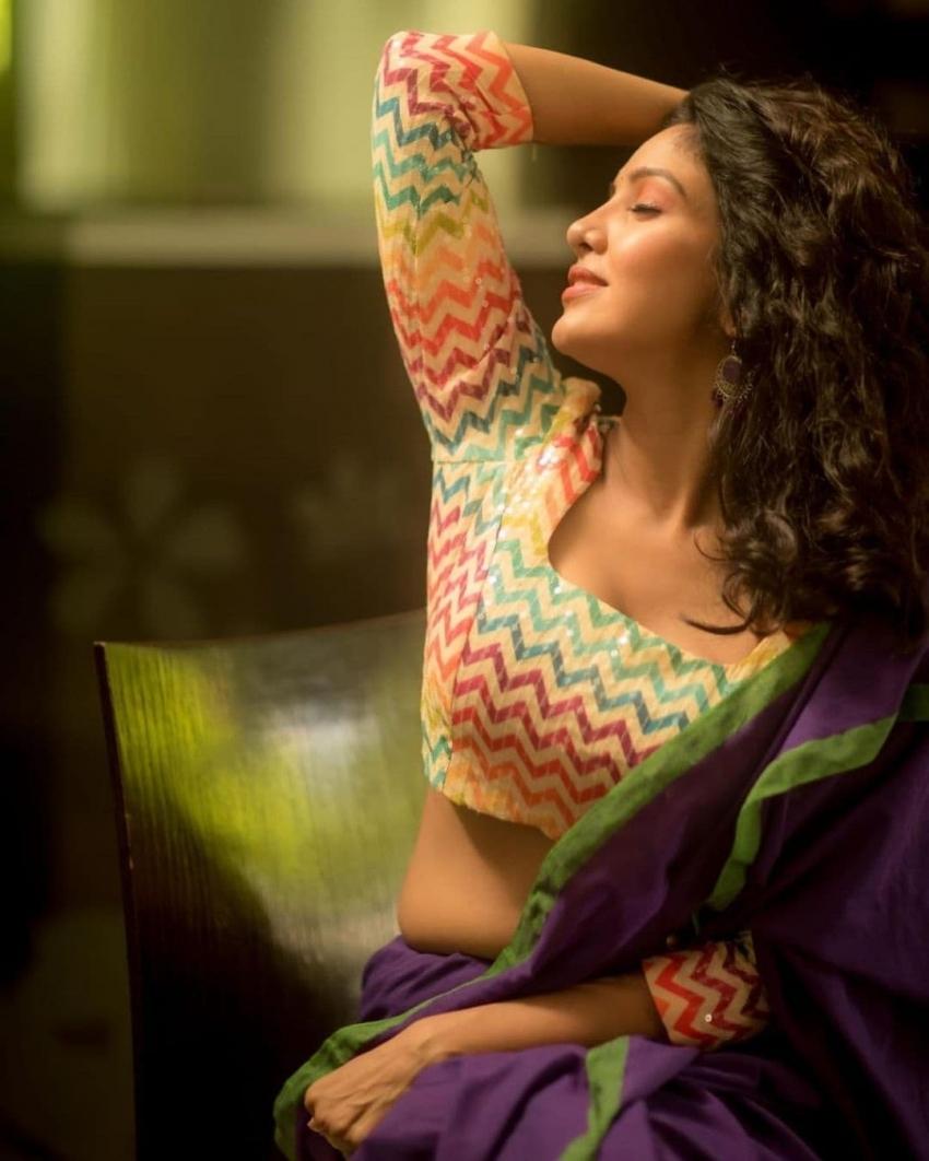 Pavani Reddy Photos
