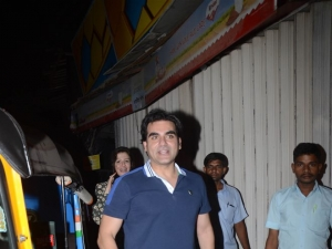 Arbaaz Khan With Girlfriend Spotted At Pali Village Cafe Bandra