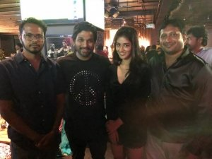 Allu Arjun lavish party for Team Taxiwala