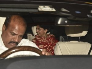 Newly Wed Deepika Padukone And Ranveer Singh Return Back From Italy