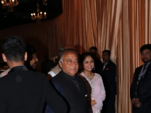 Isha Ambani and Anand Piramal Wedding Reception In Mumbai