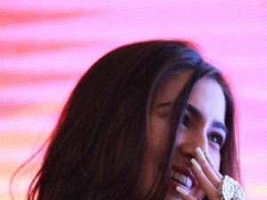 Sara Ali Khan Promotes Kedarnath At DLF Mall Of India In New Delhi