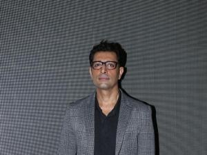 Priya Warrier Debut Movie Sridevi Bungalow Launch In Mumbai