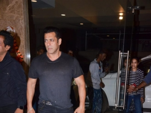 Salman Khan, Daisy Shah and Others At Ramesh Taurani's Birthday Bash 2019