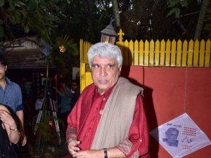 Celebs at Informal Evening Of Music And Shayari To Celebrate Kaifi Azmi