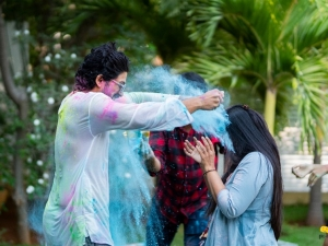 Allu Arjun celebrated Holi Festival with Family