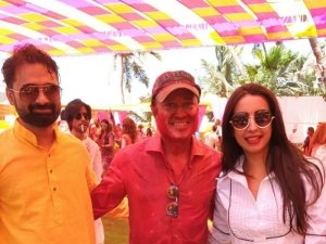 Sanjjanaa Galrani Holi Celebration