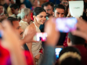 Deepika Padukone And Ranveer Singh At Wedding In Mumbai