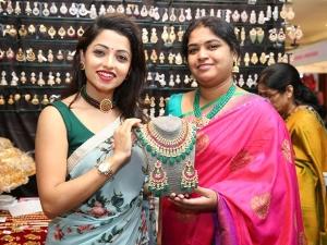 Television Actress Navya Swamy Inaugurated Trendz Expo