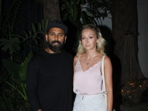 Jabariya Jodi Wrap Up Party in Juhu