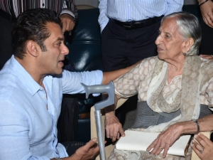 Salman Khan And Katrina Kaif During Special Screening Of Bharat for 1947 Partition Personnel