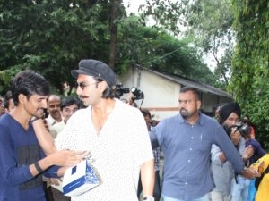 Celebs Vote For Assembly Election 2019 In Mumbai