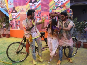 Mouni Roy, Remo D'Souza, Varun Sharma and others snapped shooting a Holi song