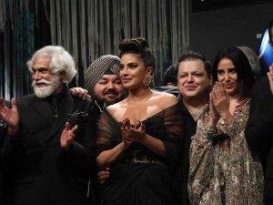 Priyanka Chopra At Blenders Pride Fashion Tour 2020