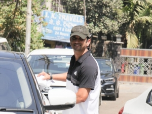 Sushant Singh Rajput and Rhea Chakraborty spotted at gym in Bandra