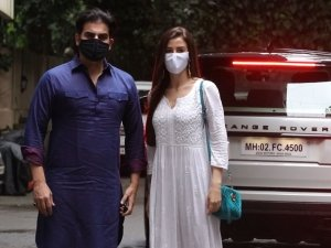Ganesh Chaturthi Celebration 2020: Salman Khan and Others At Sohail Khan House
