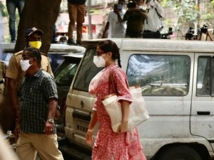 Sara Ali Khan Arrives at NCB Office in Drug Related Case