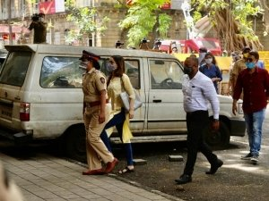 Shraddha Kapoor arrives at NCB Office in Drug Related case