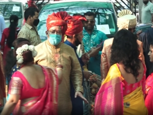 Aditya Narayan and Shweta Agarwal Wedding Photos