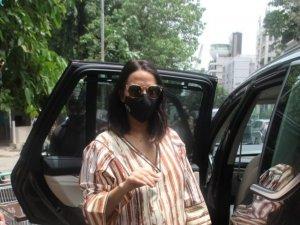 Neha Dhupia and Angad Bedi spotted outside Foodhall in Santacruz