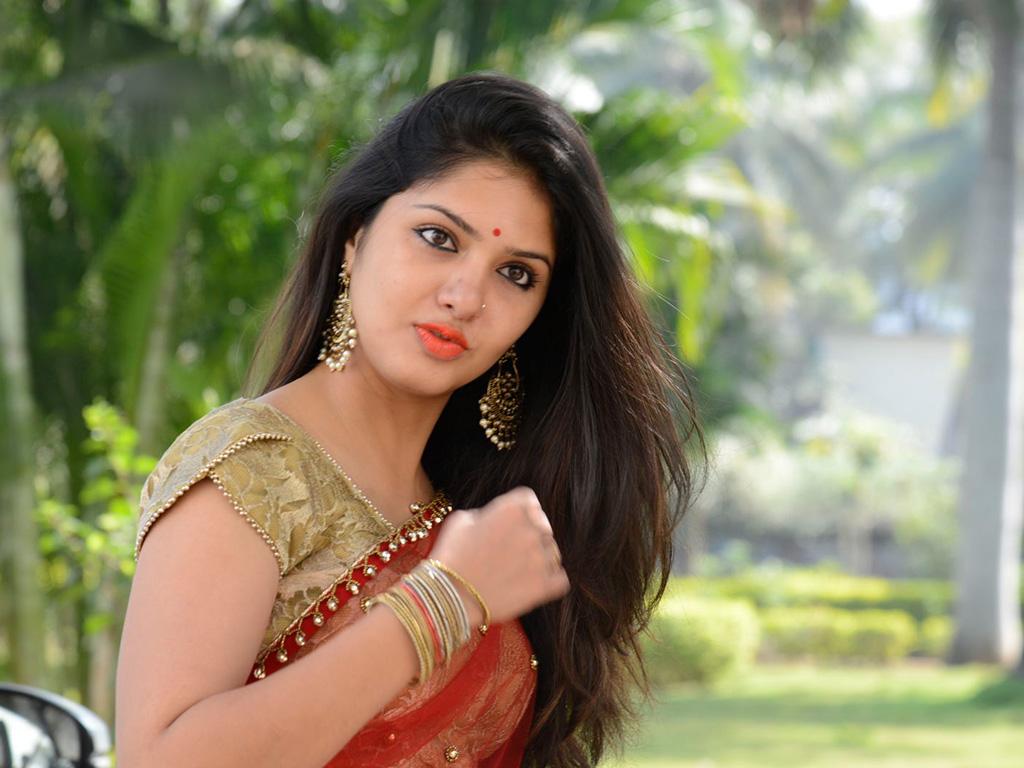Gayathri Suresh