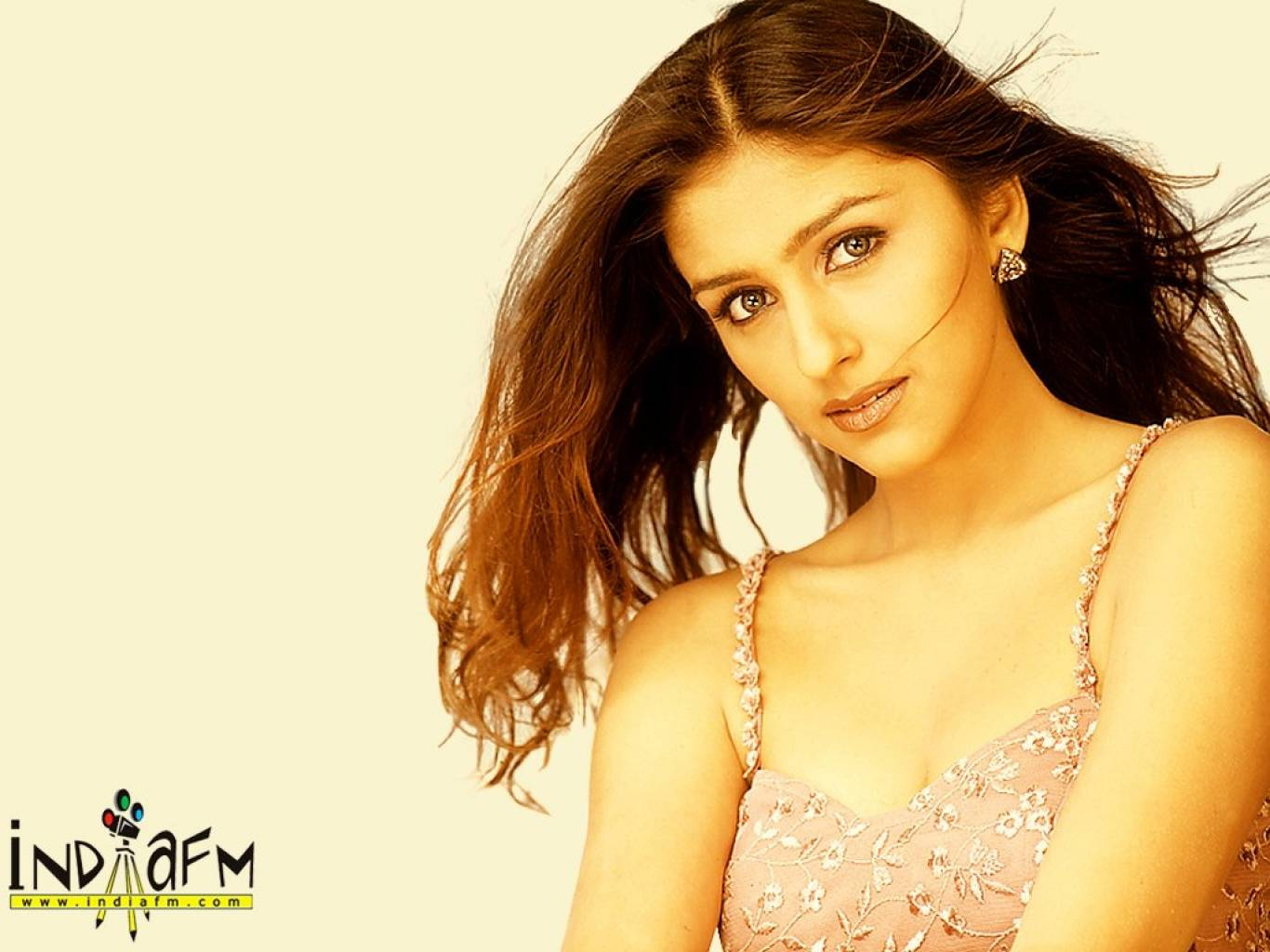 Aarti Chabria Wallpapers