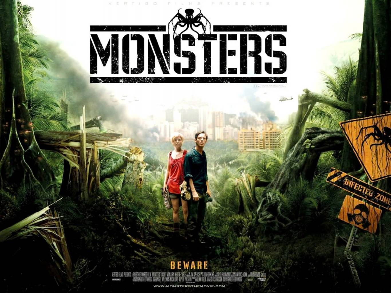 Monsters (2010) Wallpapers