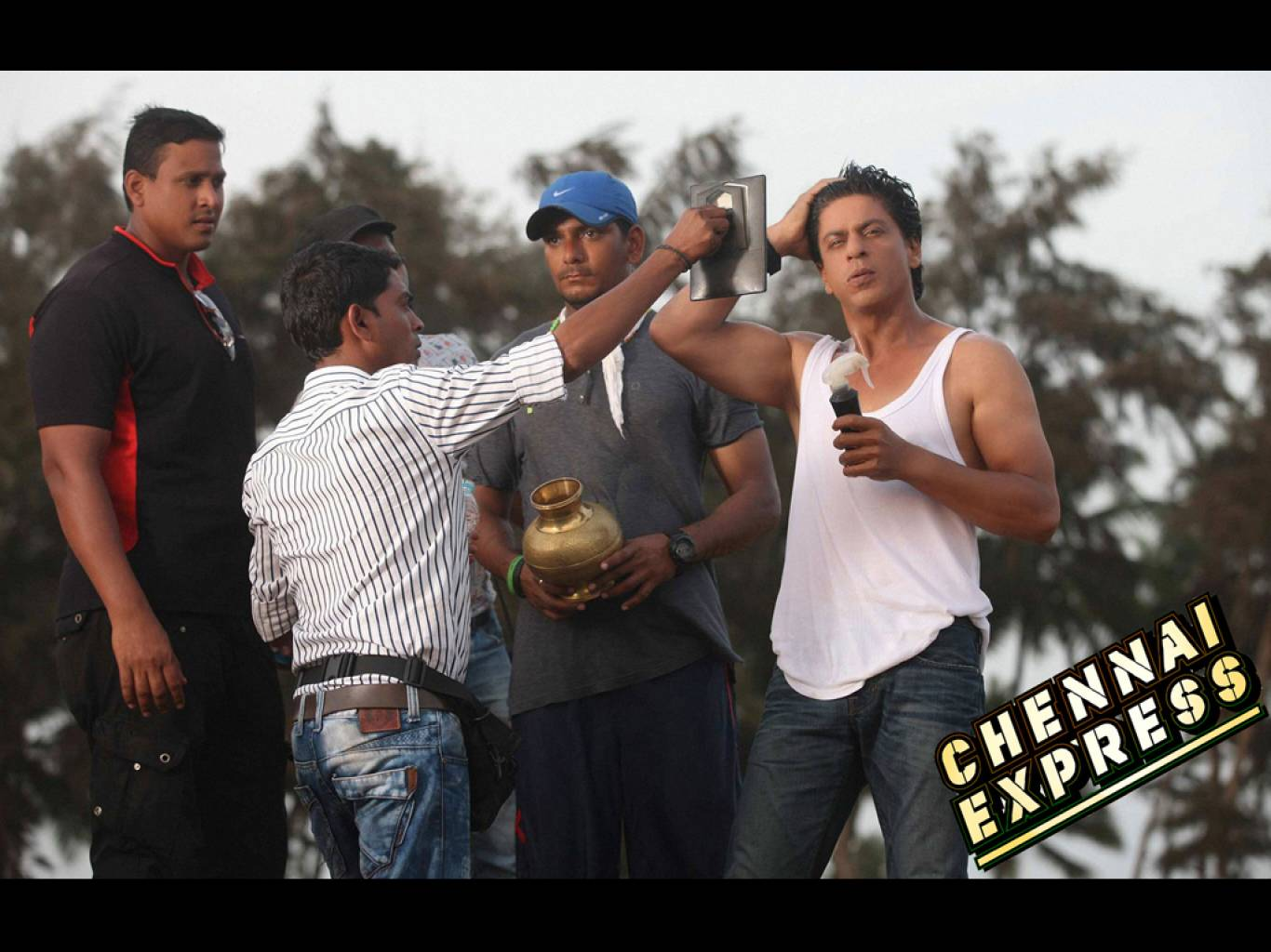 Chennai Express Wallpapers