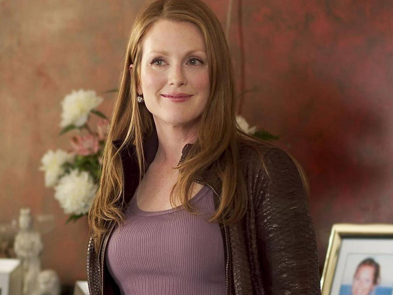 Julianne Moore Wallpapers