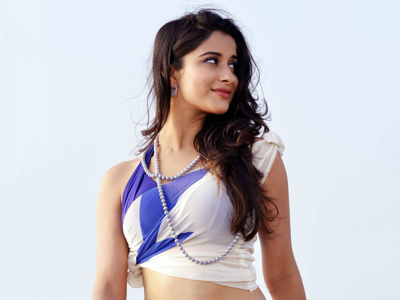 Madhurima Wallpapers