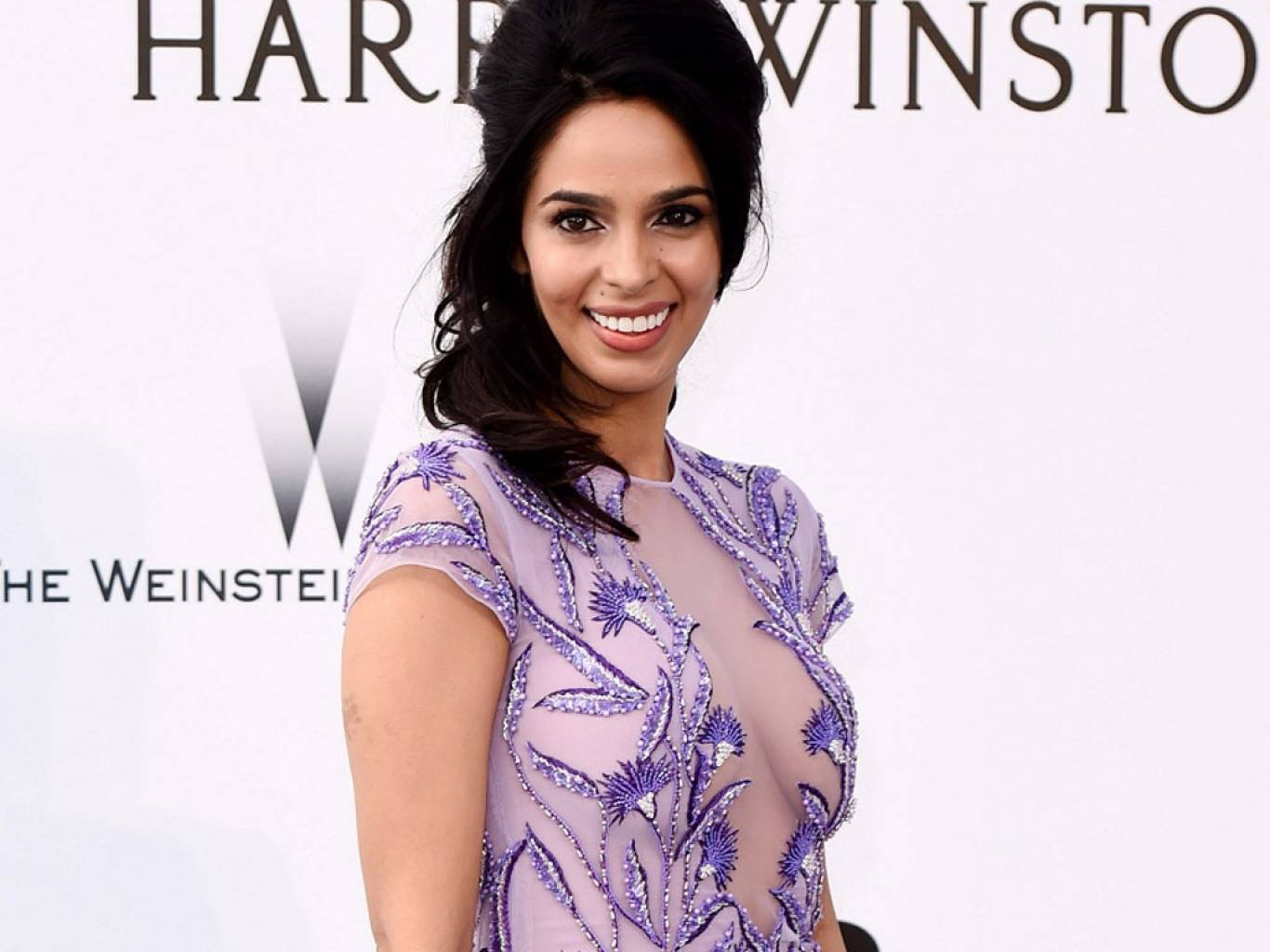 Mallika Sherawat Wallpapers