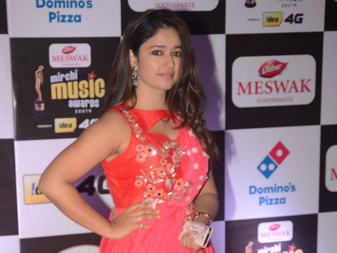 Poonam Bajwa Wallpapers