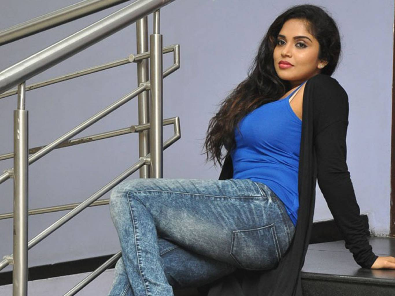 Karunya Chowdary Wallpapers