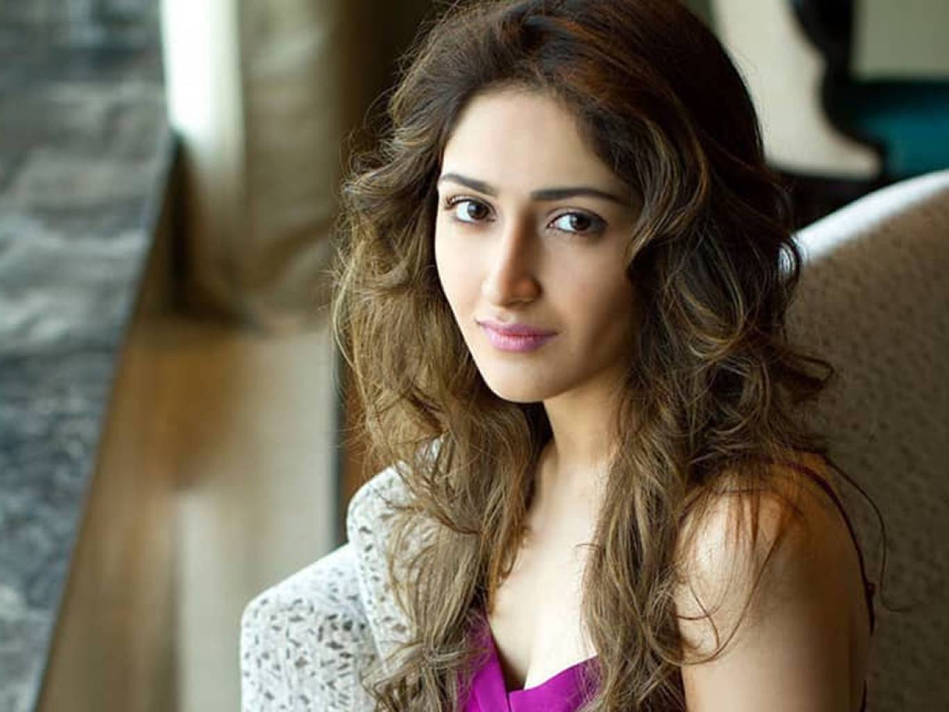 Sayesha Saigal Wallpapers