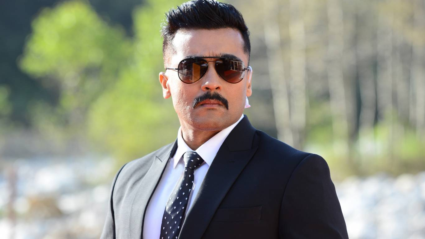 Kaappaan Wallpapers
