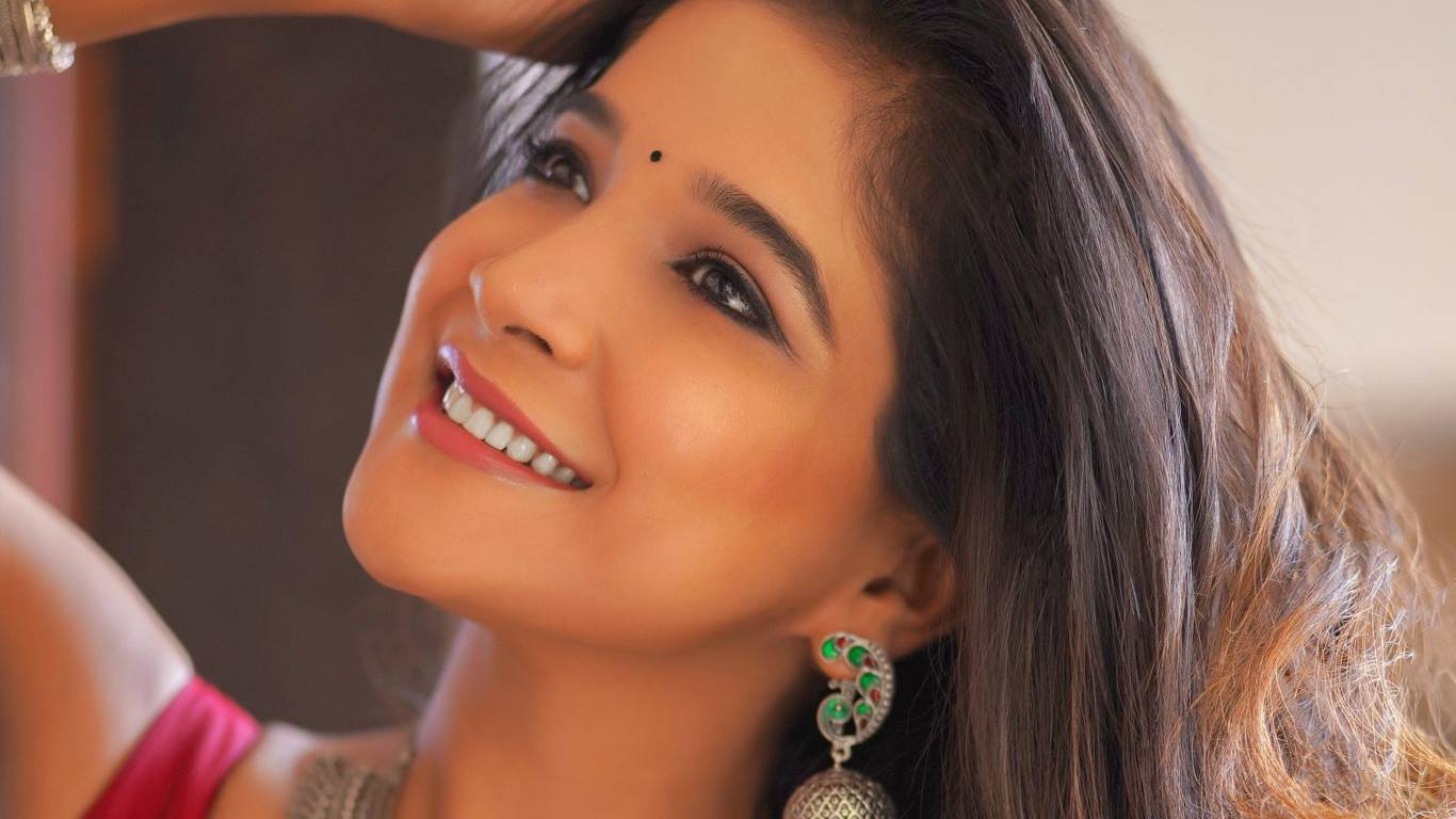 Sakshi Agarwal Wallpapers